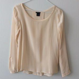 NWOT Club Monaco silk blouse